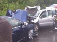 Cinci persoane rănite în urma unui accident rutier la Vama