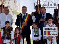 """Gheorghe Flutur a deschis a 30-a ediţie a Festivalului Internaţional """"Întâlniri Bucovinene"""""""