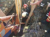 Un bărbat surprins sub un mal de pământ la Calafindeşti a murit