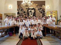 La Mănăstirea Putna, două tabere pentru copii şi tineri români din SUA şi Irlanda