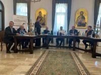 Să facem demersuri pentru realizarea autostrăzilor care să lege Suceava de vestul Europei şi de Bucureşti