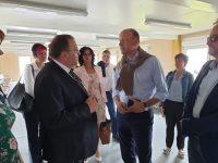 Delegaţiile administrative, sportive şi culturale din Schwaben, Mayenne şi Cernăuţi, primite de Gheorghe Flutur la Palatul Administrativ din Suceava