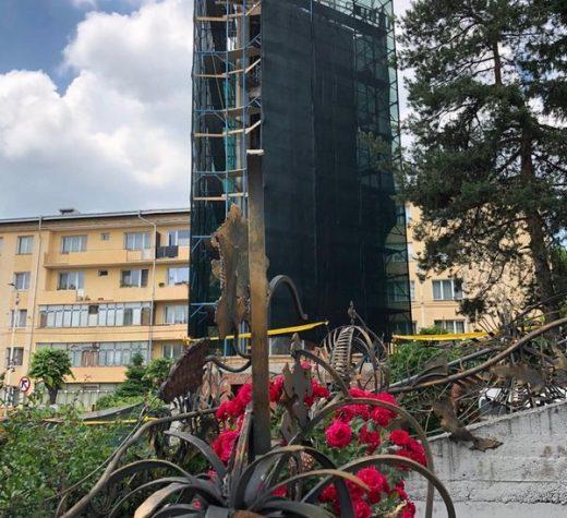 Ultima piesă din Turnul Unirii, ridicat în memoria eroilor români care au înfăptuit Marea Unire, va fi montată astăzi