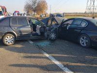 Şase persoane rănite într-un accident la Gălăneşti, după o coliziune între două autoturisme