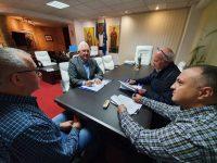 Ion Lungu a semnat contractul pentru construirea halei cu parcare subterană pentru Piaţa agroalimentară George Enescu
