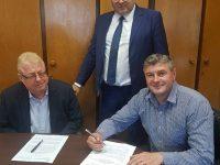Autorităţile din Fălticeni au semnat contracte de finanţare pentru reabilitarea a două clădiri emblematice din localitate