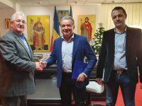 Primarul Sucevei a semnat contractul de execuţie pentru amenajarea zonei de agrement de pe râul Suceava