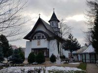 """Slujire arhierească la Biserica """"Sf. Andrei"""" din Suceava"""