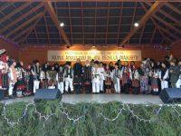 Numeroşi suceveni, dar şi turişti din Vrancea, Argeş şi Bucureşti au asistat la Festivalul obiceiurilor de iarnă pe stil vechi de la Drăguşeni
