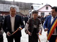 Căminul cultural din Părhăuţi a fost inaugurat cu fast