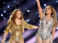 Shakira şi J-Lo au oferit un recital plin de culoare în pauza Super Bowl