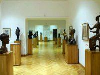 Lumea să vină la Ion Irimescu, la Muzeul creaţiei sale,nu Ion Irimescu să plece în lume!