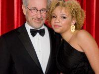 Una dintre fiicele lui Spielberg, actriţă porno, a fost arestată pentru violenţă domestică