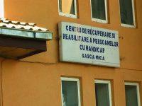 La centrele de la Sasca Mică şi Costâna mai sunt 30 de beneficiari cu Covid-19