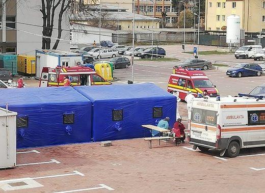 Spitalul-focar Suceava angajează 100 de oameni