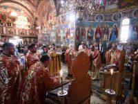 """Hramul Bisericii """"Sfinţii Apostoli Petru şi Pavel"""" – Bouri din Gura Humorului"""