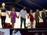 Un festival iubit şi vorbit