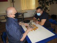 Nevăzători în faţa tablei de şah