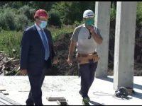 Gheorghe Flutur a vizitat şantierul blocului de locuinţe pentru medici din Suceava