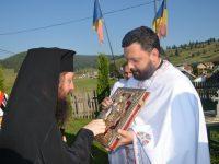 Binecuvântare arhierească la Drăgoiasa – Panaci