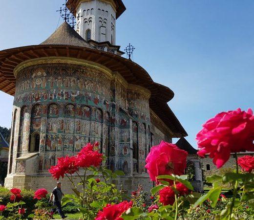 Picturile murale restaurate de la Mănăstirea Suceviţa au fost inaugurate