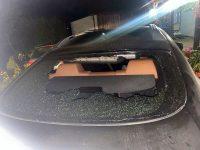 Maşina şi casa activistului de mediu Daniel Bodnar au fost atacate cu pietre