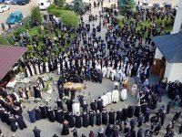 Înmormântarea părintelui protoiereu Petru Lupăştean Barfă