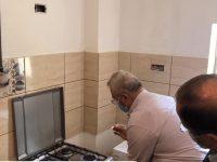 Primarul Ion Lungu a aprins primul foc al unui aragaz conectat la reţeaua de gaz natural în Burdujeni-sat