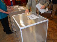 606.880 alegători din judeţ au fost aşteptaţi ieri la urne