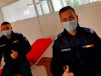 Patru jandarmi vindecaţi de Covid-19 au donat plasmă convalescentă