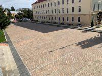Parcarea de la Palatul de Justiţie a fost reabilitată şi modernizată