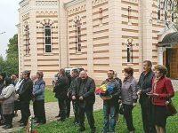 Tari ca piatra din Cetatea Ţeţina, românii de la Roşa îşi pomenesc din neam în neam martirii
