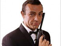 """Pistolul folosit de Sean Connery în """"Dr. No"""", primul film din seria """"James Bond"""", scos la licitaţie"""