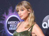 Taylor Swift va deveni prima femeie recompensată cu trofeul Global Icon