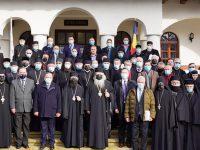 Arhiepiscopia îşi propune înfiinţarea unei fundaţii umanitare cu filiale la nivel de protopopiate
