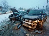 Accident cu doi răniţi, la Bucşoaia
