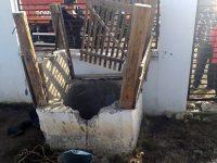 Intervenţie pentru salvarea unui bătrân căzut într-o fântână de 22 m