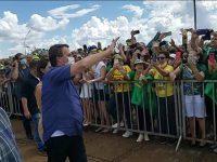 Brazilia moare, iar preşedintele petrece