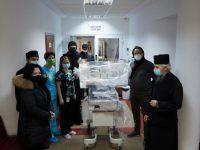 Arhiepiscopia Sucevei şi Rădăuţilor a donat un incubator Spitalului Municipal Rădăuţi