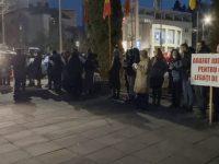 Proteste împotriva măsurilor impuse de autorităţi