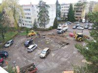 Se reamenajează parcarea de reşedinţă din zona Bazin