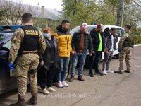 Patru algerieni şi o ucraineancă, prinşi la Falcău după ce au intrat ilegal în ţară