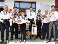 """Costică Olteanu (Minuţ) şi """"dinastia muzicală"""" a Oltenilor"""