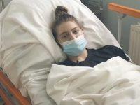 Maria, tânăra din Rădăuţi care şi-a revenit miraculos din comă, s-a reîntors la Facultatea de Stomatologie Iaşi