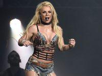 """Britney Spears a anunţat că nu va mai cânta pe scenă """"în viitorul apropiat"""""""