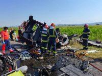 Trei suceveni şi-au pierdut viaţa într-un grav accident de circulaţie