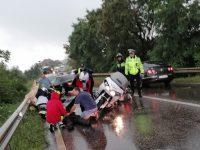 Dănila: Două persoane rănite într-un accident rutier