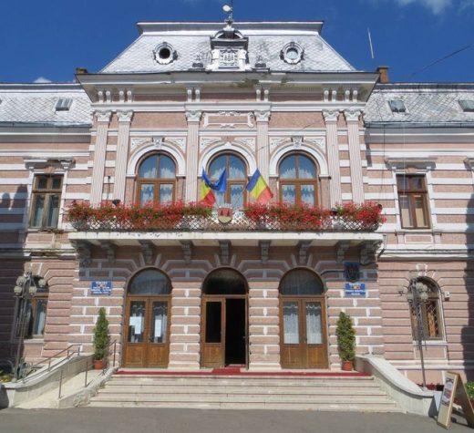 Treinume noi îngaleria cetăţenilor de onoareai municipiului Fălticeni