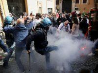Proteste în Italia împotriva măsurilor restrictive